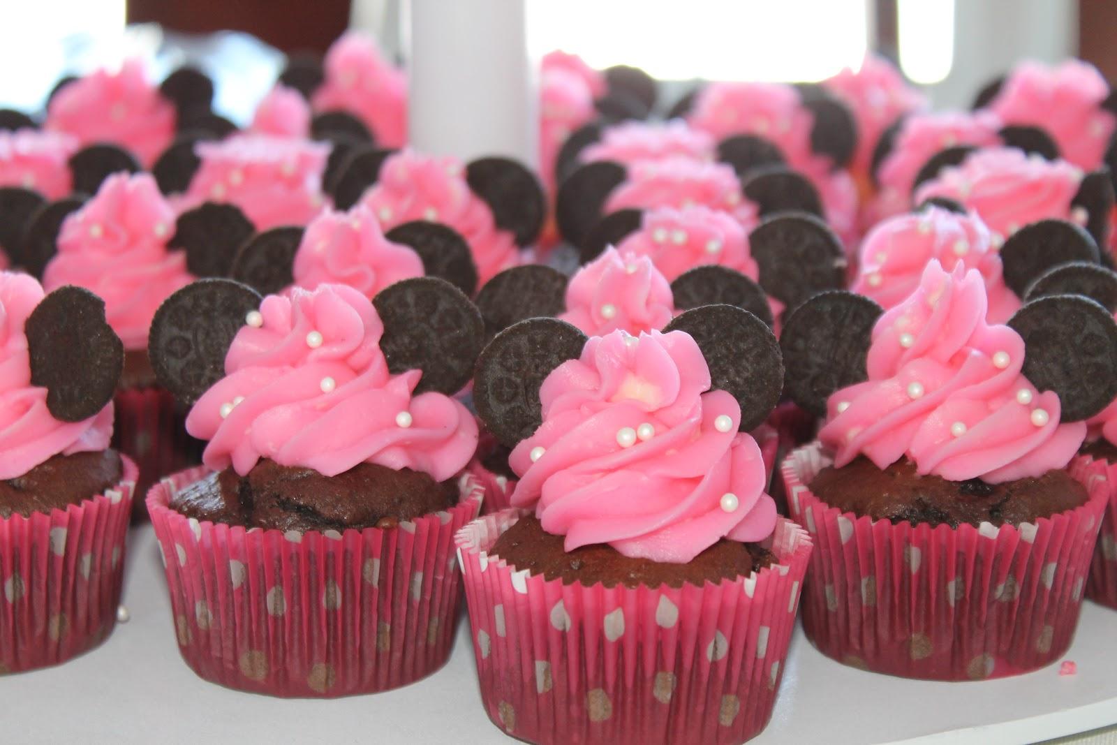 Minnie Mouse Cupcake Cake Ideas