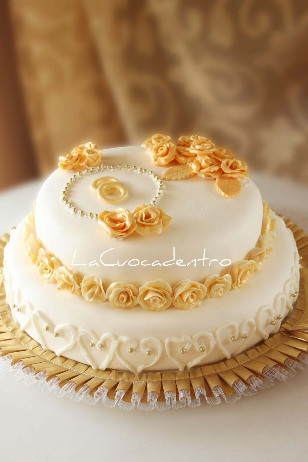 Torta nozze oro for Decorazioni torte per 60 anni di matrimonio