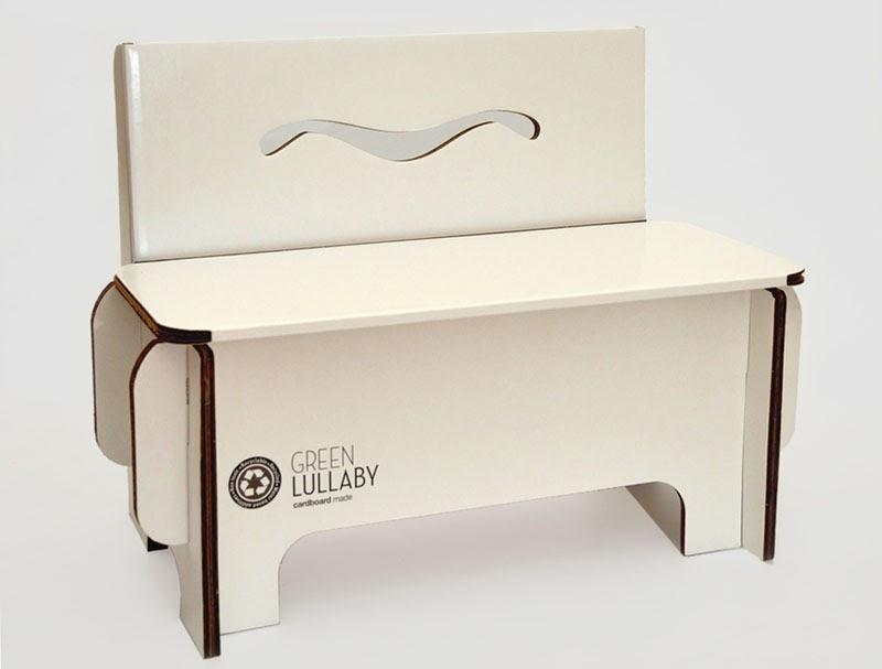 Una selecci n de objetos de dise o elaborados con cart n for Muebles con objetos reciclados