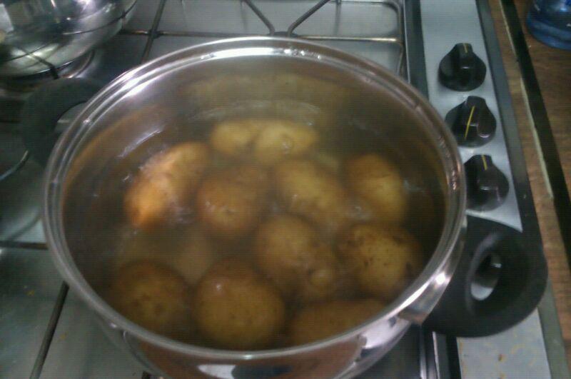 La cocina de marta papas arrugadas con mojo pic n - Cuanto tarda en cocer una patata ...