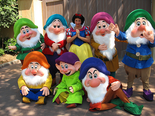 snow white and the seven gangbanging dwarves