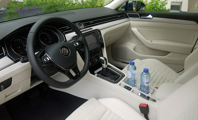 VW Passat GTE cream interior