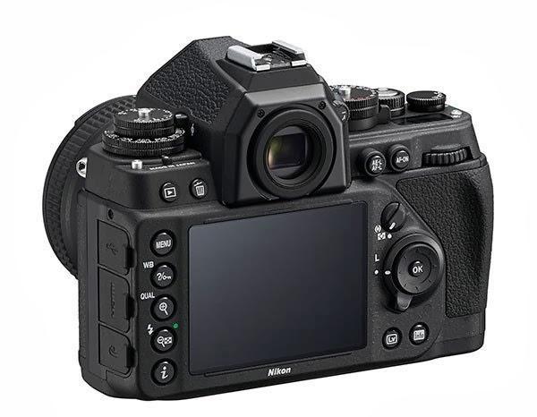 Fotografia del monitor della Nikon Df