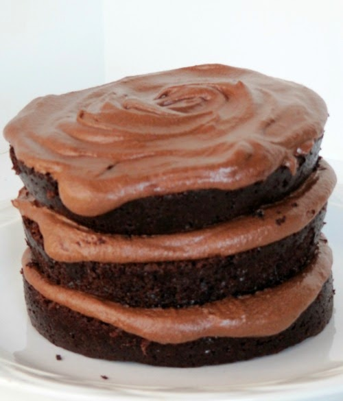 ... Chocolate Life: Moist Chocolate Cake and Fudge Buttercream Frosting