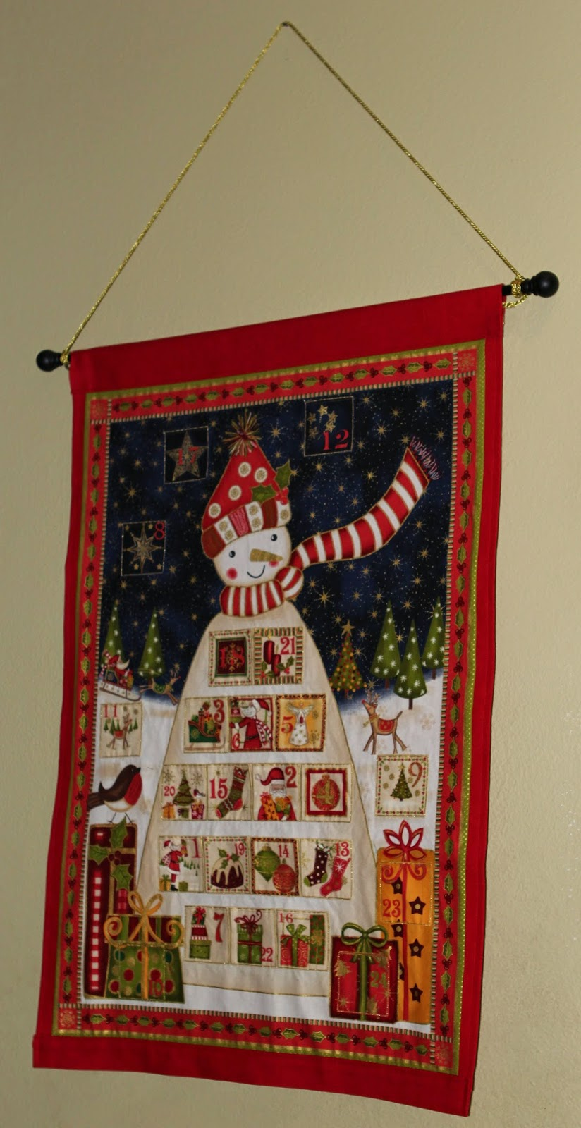 Diy Sewing Advent Calendar : Stitching it up diy fabric advent calendar