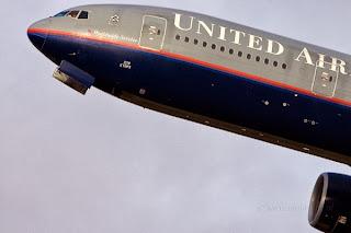 Piloto de United sufrió ataque al corazón en pleno vuelo