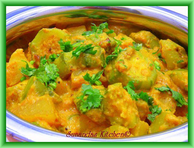 Potol Aloor Malai Curry
