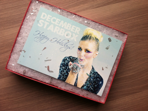 Starbox by Star Looks - December 2012 Review - Women's Monthly Beauty and Makeup Subscription Boxes