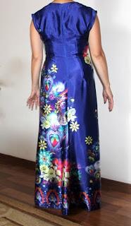 платье в пол из шелка купоном