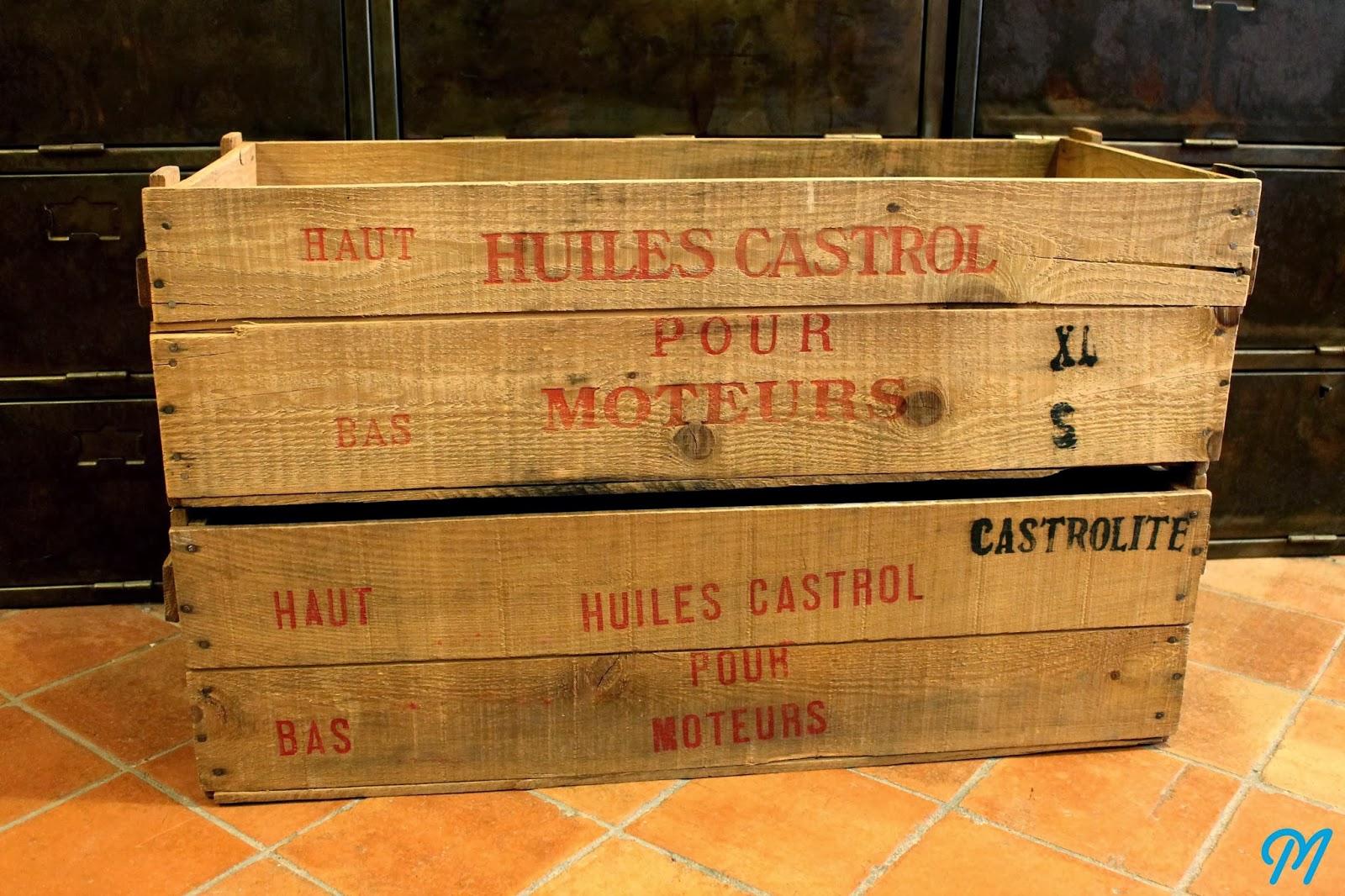 Arrivage de caisses en bois publicitaires marinette vintage blog - Caisse en bois ancienne ...