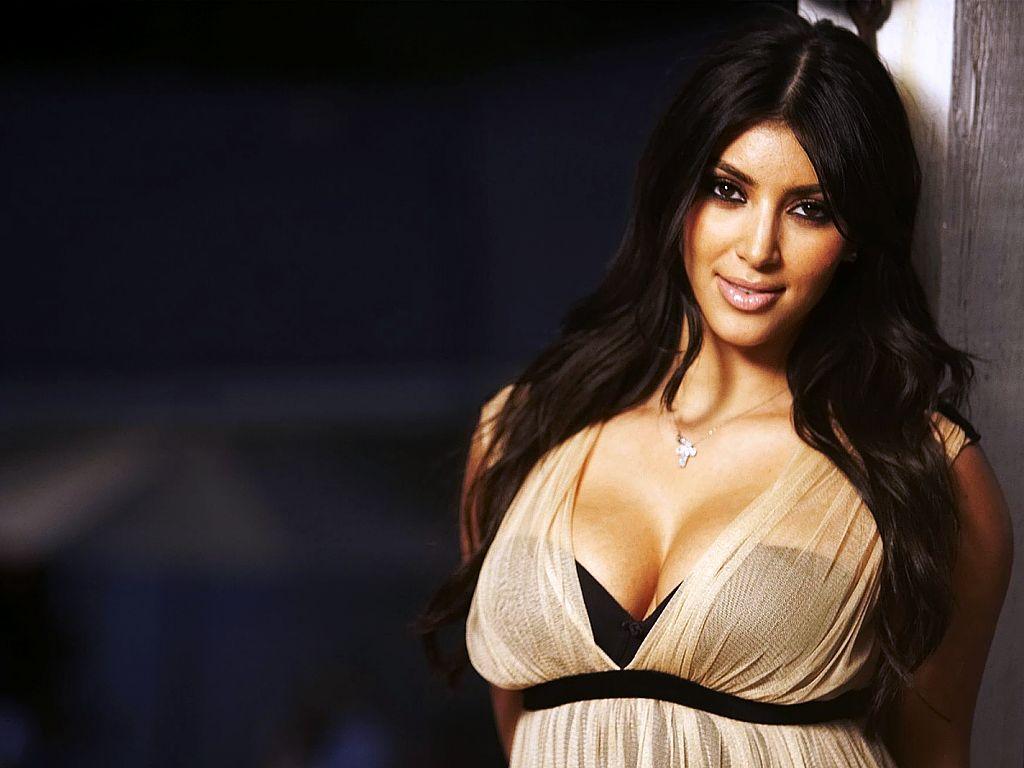 http://1.bp.blogspot.com/-FJC-r4sWi0w/TrOv5Y5WHJI/AAAAAAAAA-c/0AL3r-bQJKw/s1600/Kim-Kardashian-hq_wallpaper_big_body.jpg