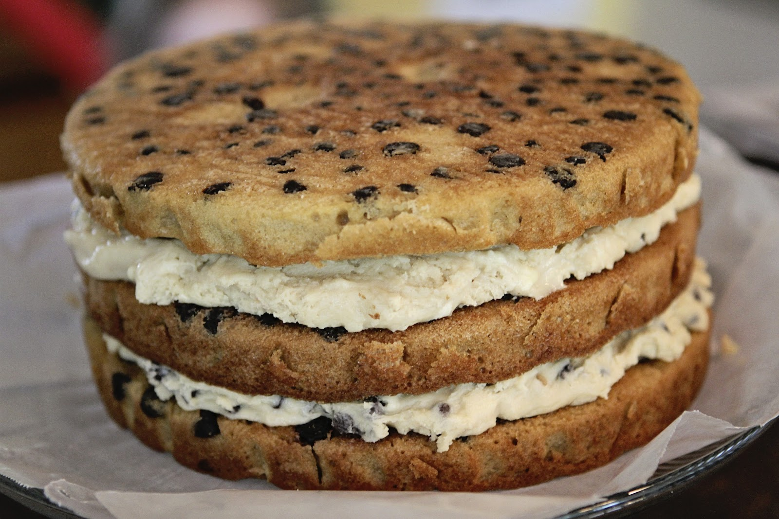 CHOCOLATE CHIP COOKIE CAKE - Durmes Gumuna