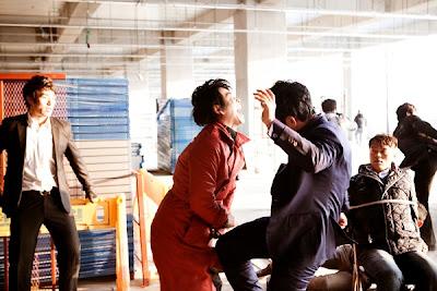 Phim Ông Trùm Triệu Đô -  A Millionaire On The Run [Vietsub] 2012 Online