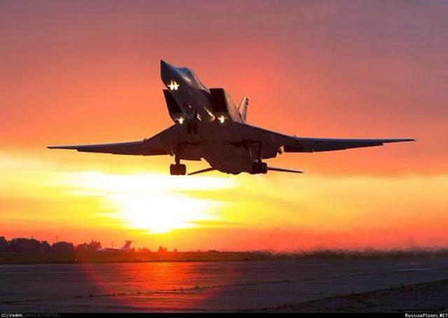 Bomber Tu-22M3 Rusia