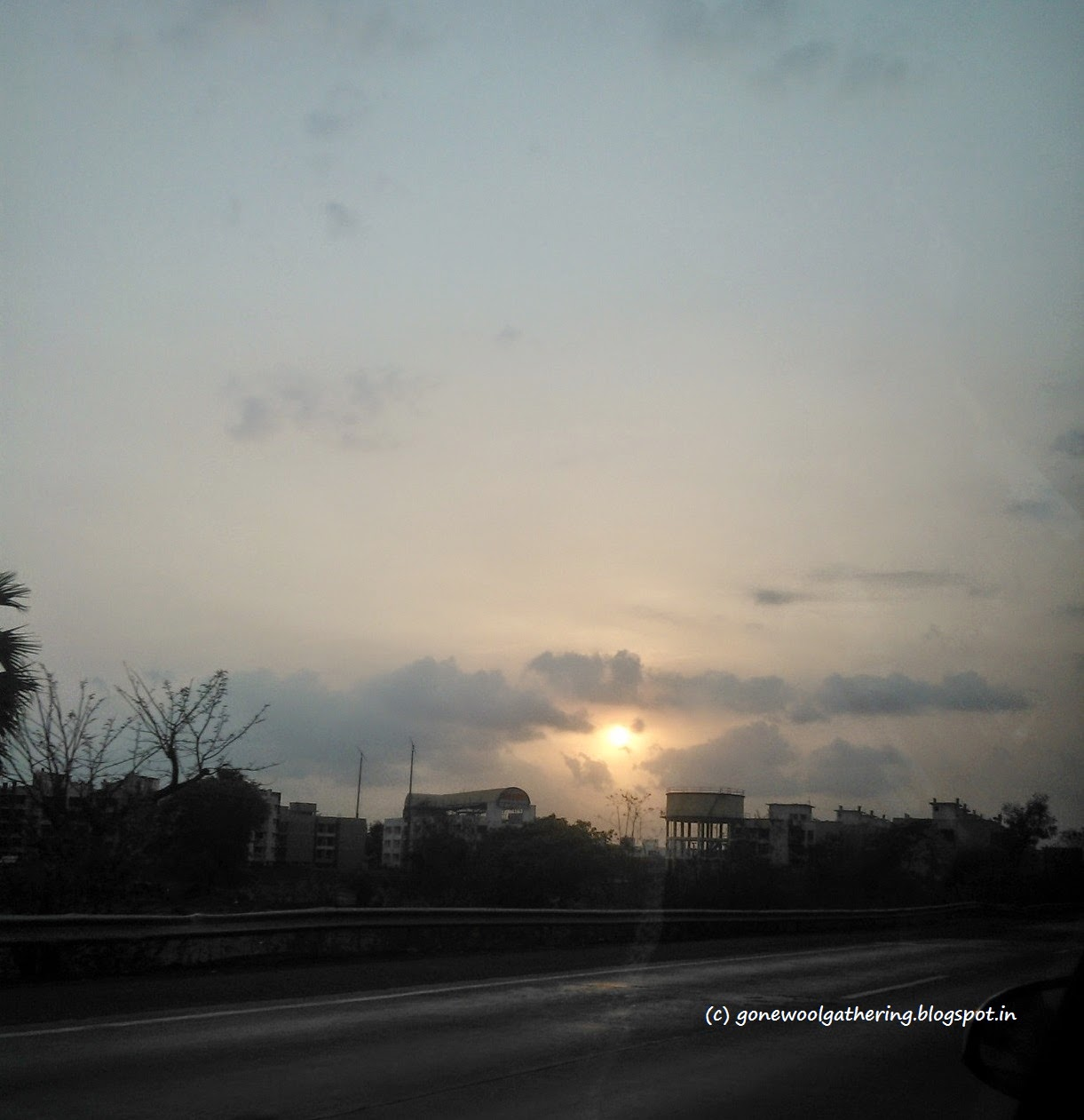 sunset on the expressway gonewoolgathering.blogspot.in