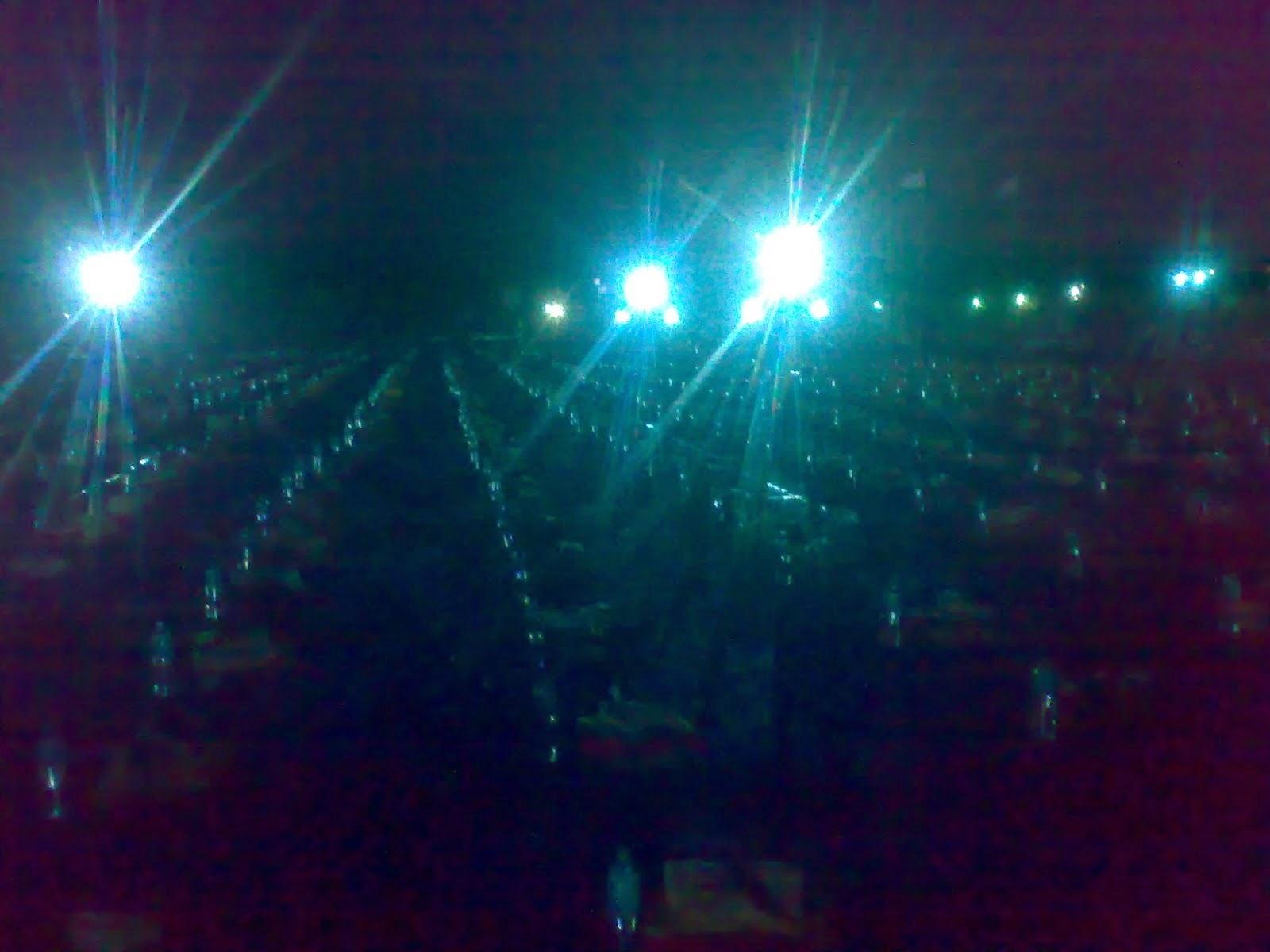 Maximum No Of People Doing Handshake At Khodhaldham Kagwad