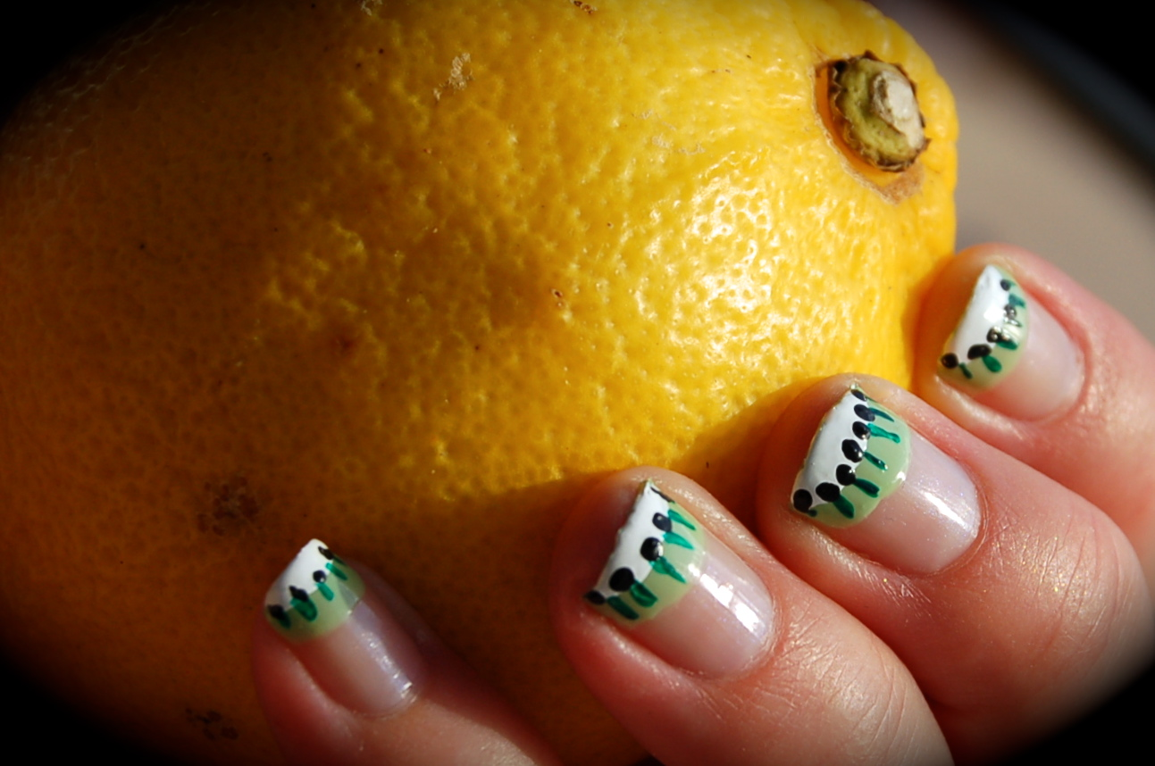 Nail art, funky french, kiwi manicure, fruit, swatch, bild, bilder, nail polish blog, blogg nagellack