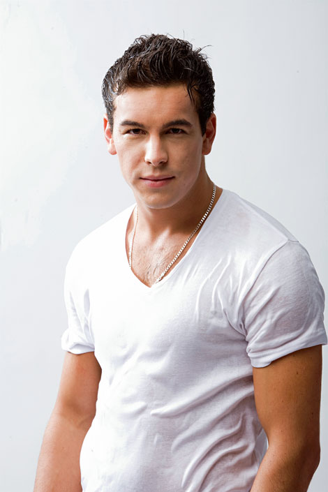 Descripcion Y Fota De Mario Casas on Taylor Lautner