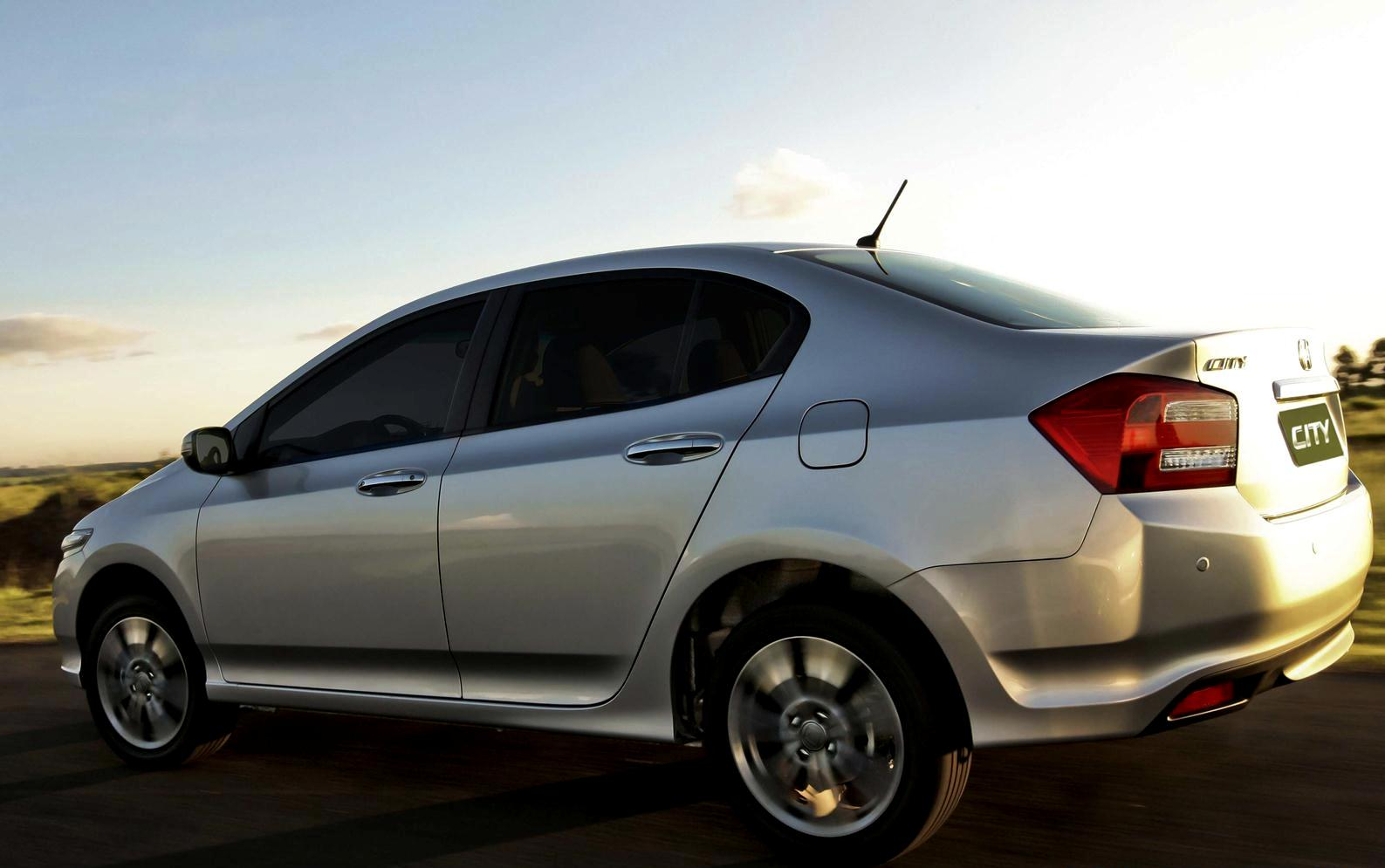 Honda Civic Air Intake additionally Engine Starter Wiring Diagram in addition Honda Accord Power Steering Pump Diagram On Acura Tsx Engine Problems as well 8 Cylinder Engine Diagram additionally LKQ Powertrain. on 1 8 vtec engine diagram