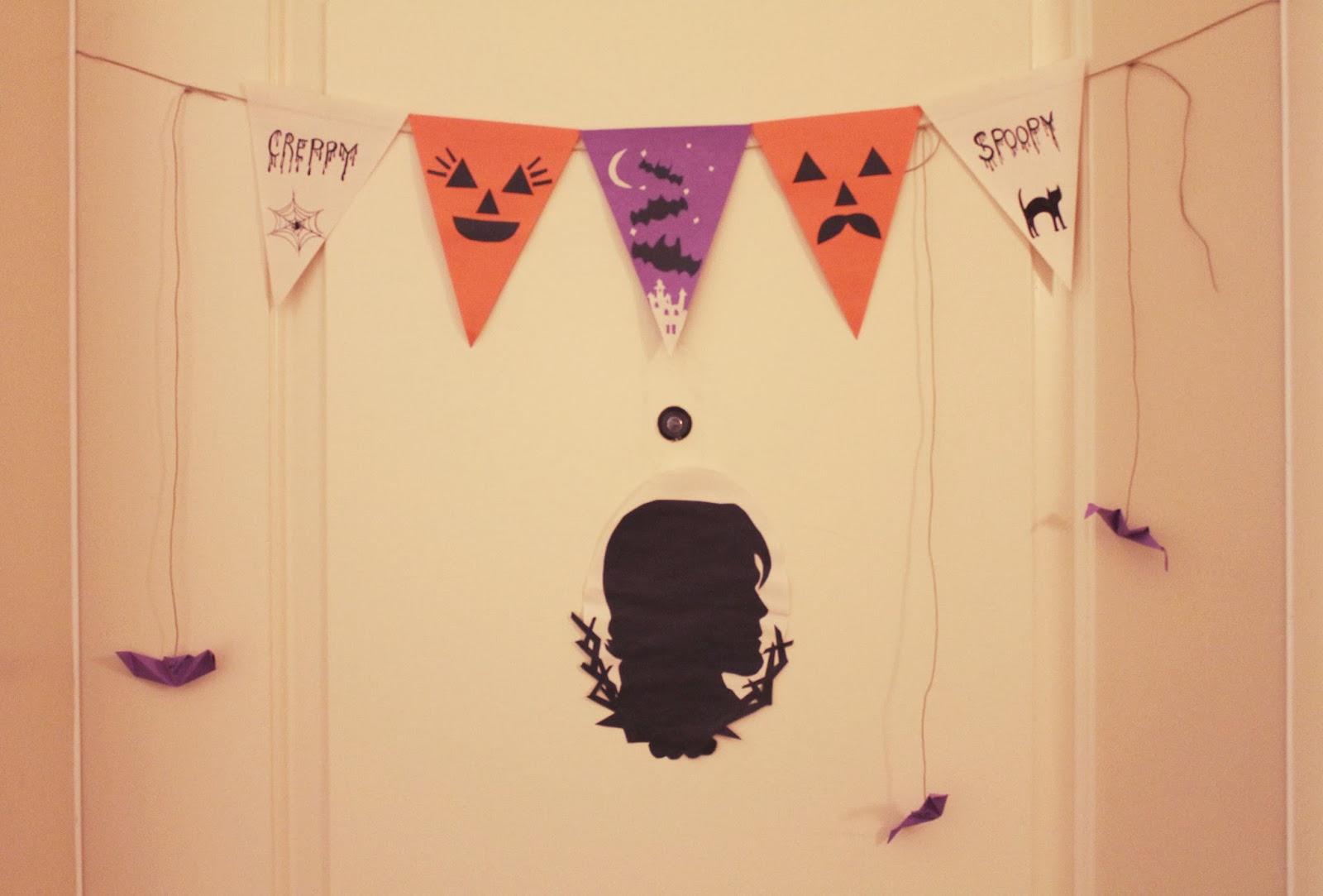potatopudding: Super Sunday: DIY Halloween Paper Crafts