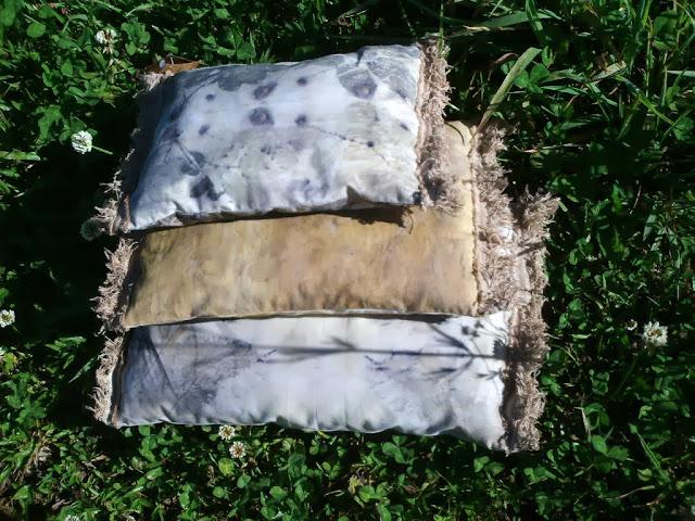 almofadas de algodão com estampas de eco print