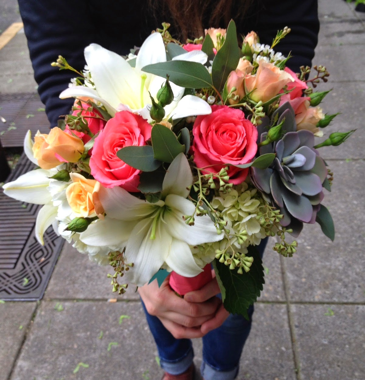 Sammy's Flowers: Wedding Style: Coral Bouquets