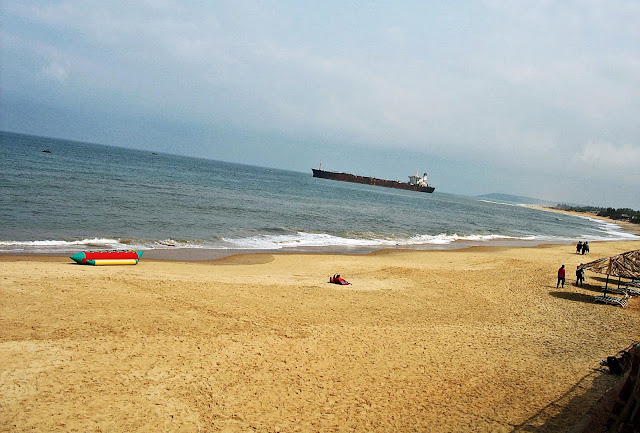 goa beach and ship