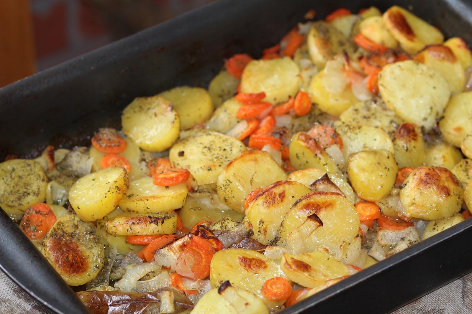 Картошка печёная в духовке рецепт пошагово