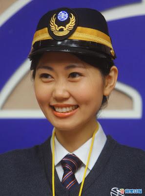 小林志玲 列車長 池佳貞