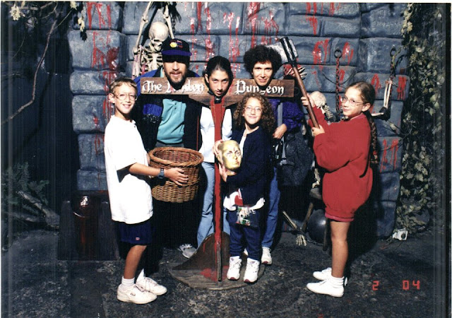 zuckerberg family photo at london dungeon of 1989