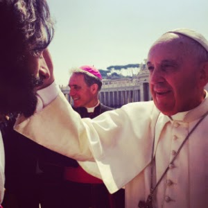 "Actor Rodrigo Santoro was blessed by Pope Francis while filming ""Ben-Hur."""