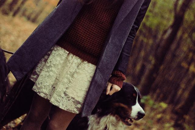 sweter, ćwieki, bordo, bordowy, sukienka, stradivarius, koronka, koronkowa, jumper