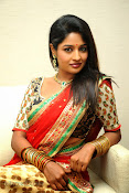 Isha Ranganath photos at Tasyaah Awareness Fashion Walk-thumbnail-19