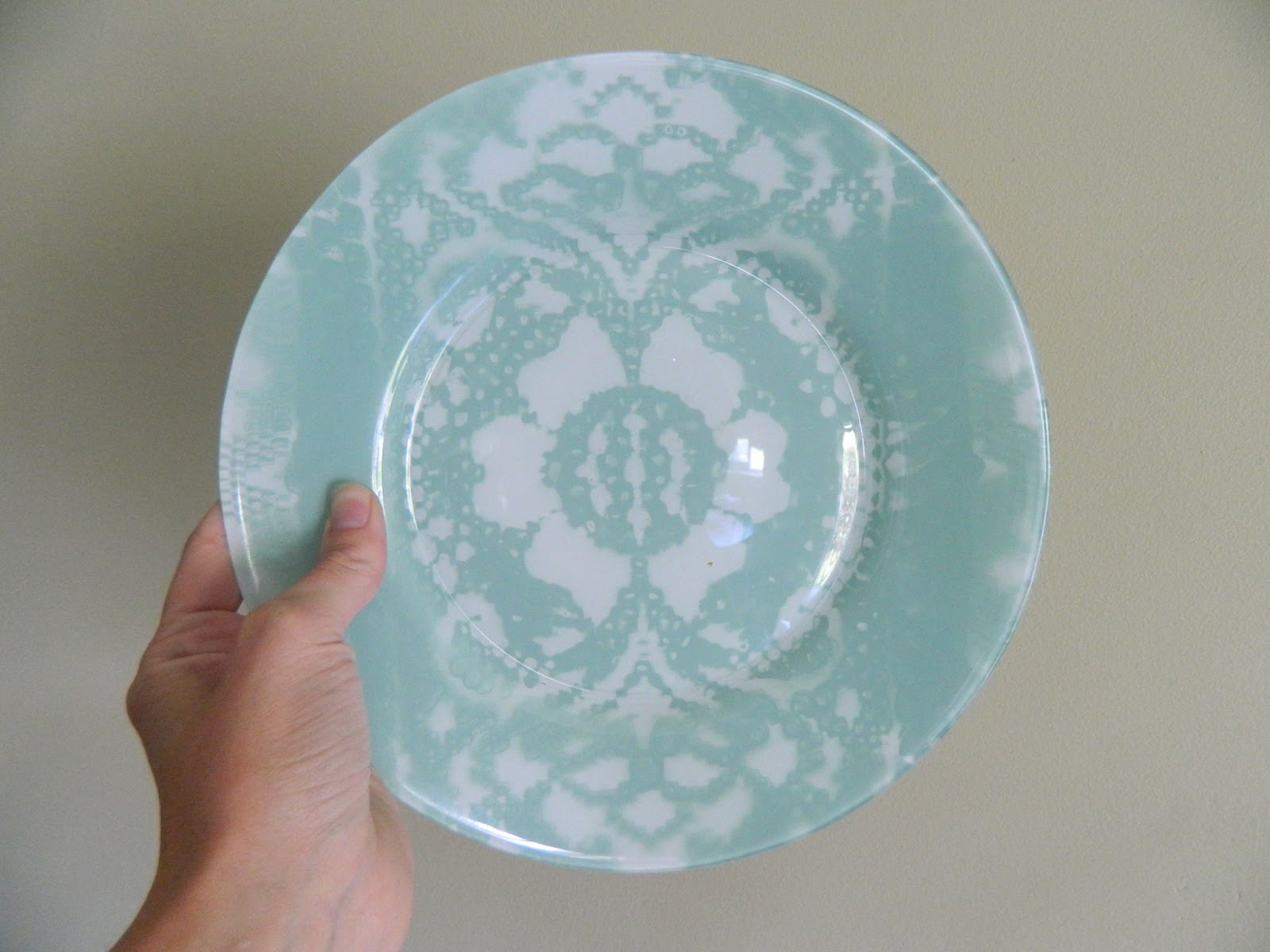 how to paint plates to eat off of