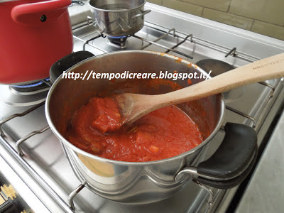 sugo alla boscaiola - boscaiola tomato sauce
