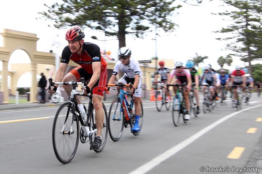 At the front: Brent Chamberland, riding in the D grade section of the Bay Espresso Criterium, a 1.1km circuit on Marine Parade, Napier, part of the Summer Cycling Carnival. photograph