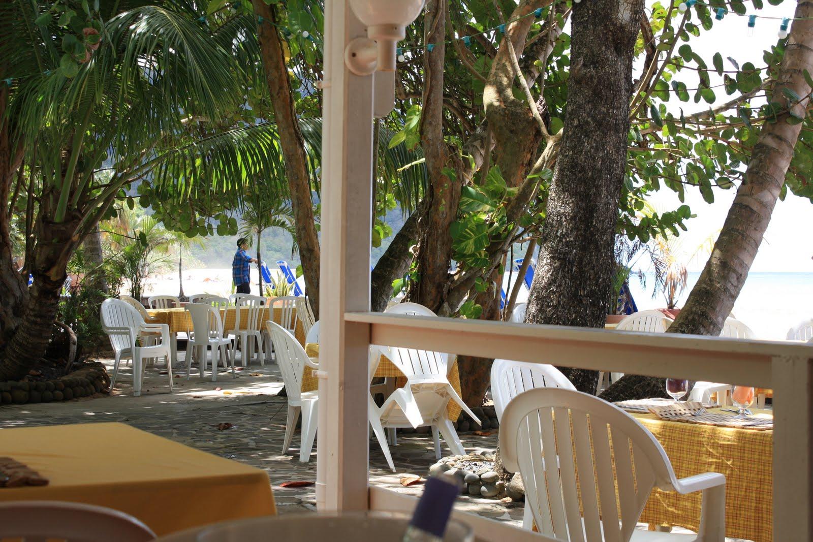 En guadeloupe plage de la grande anse - Restaurant la grande plage port louis ...