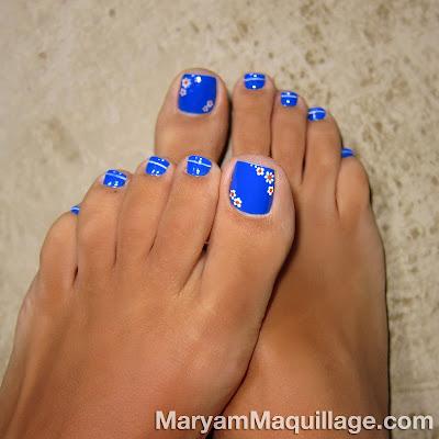Toes with nail polish glitter nail polish