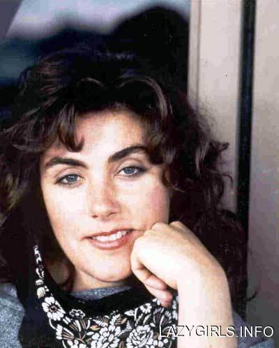 Laura Branigan - Looking Out For Number One