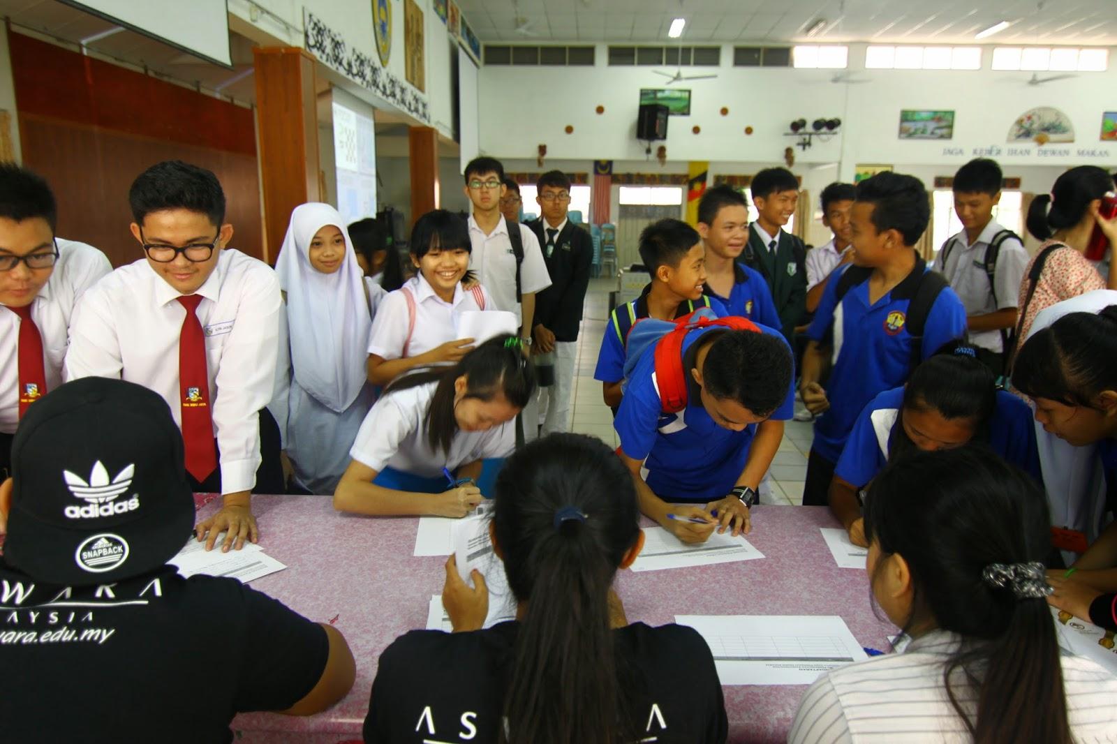 Pendaftaran para peserta