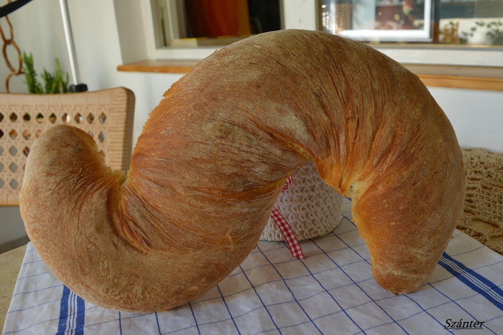 S kenyér.