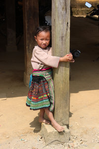 A little H'mong girl in Bản Mù village, Trạm Tấu district