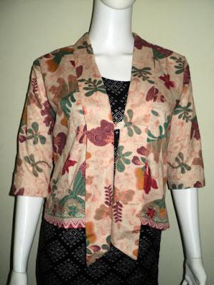 Blazer Batik Kerja Wanita Untuk Acara Formal
