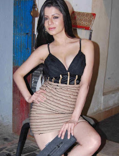 Kainaat Arora Hot Photos