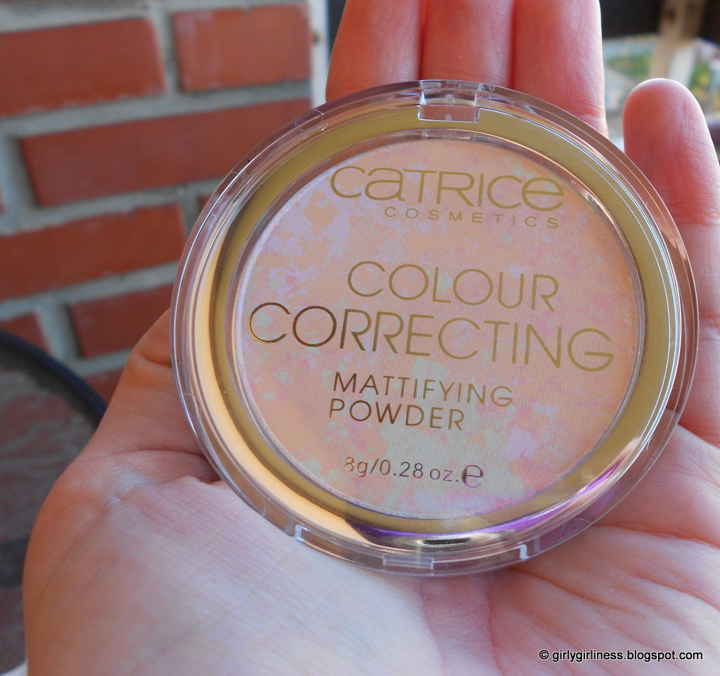 Catrice matirajući puder mattifying colour correcting powder