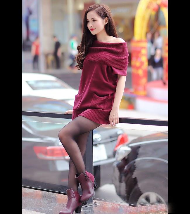 Tâm Tít đón xuân với váy đỏ rực lửa