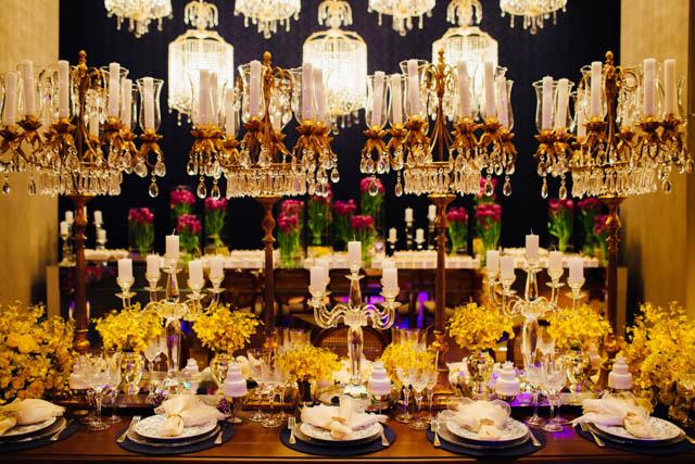 decoração amarela casamento  orquidea lustres