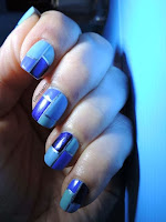 http://cathenail.blogspot.fr/2013/04/deco-au-stripping-tape-sur-kiko-mirror.html