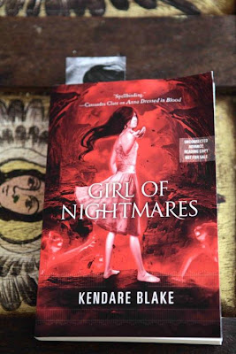 anna dressed in blood girl of nightmares kendare blake giveaway