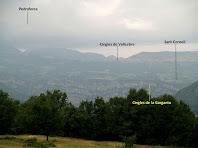 Els Cingles de Vallcebre i el Pedraforca des de la casa de Marginet